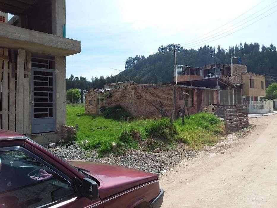 Vendo lote en Duitama contiguo al colegio Rafael Reyes