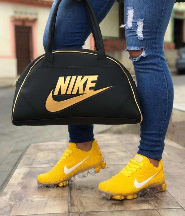 Tenis Y Bolsos Nike