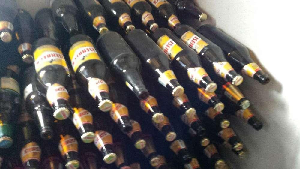 100 Botellas de 1 Litro Isenbek Vacias