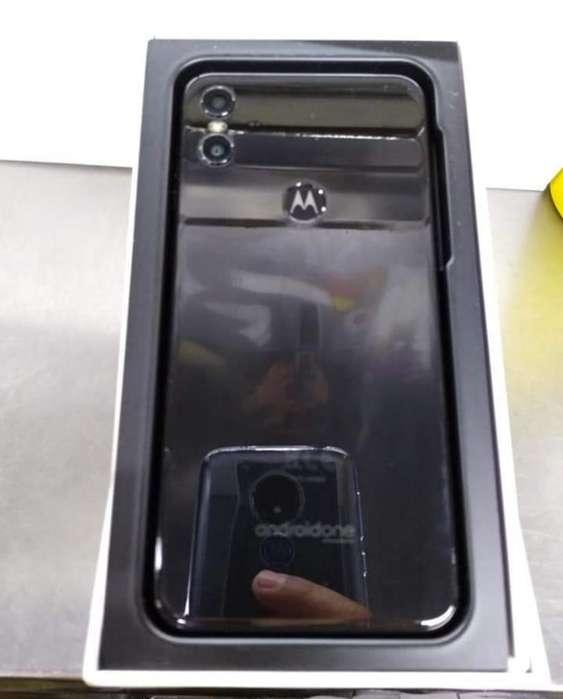 Motorola Moto One 4deram 64gb