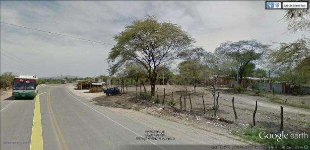 Terreno Más Casa Campo en Carretera