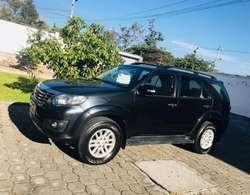 Alquiler de Autos Toyota Fortuner