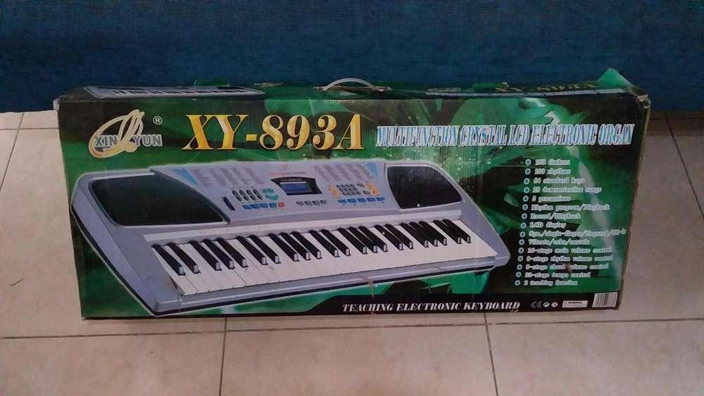 VENDO ORGANO ELECTRONICO MARCA XIN YUN - XY 893A