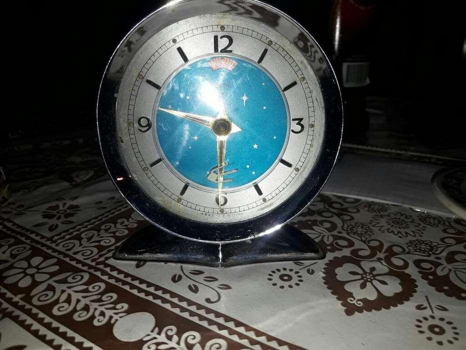 Antiguo Reloj Despertador Chino.