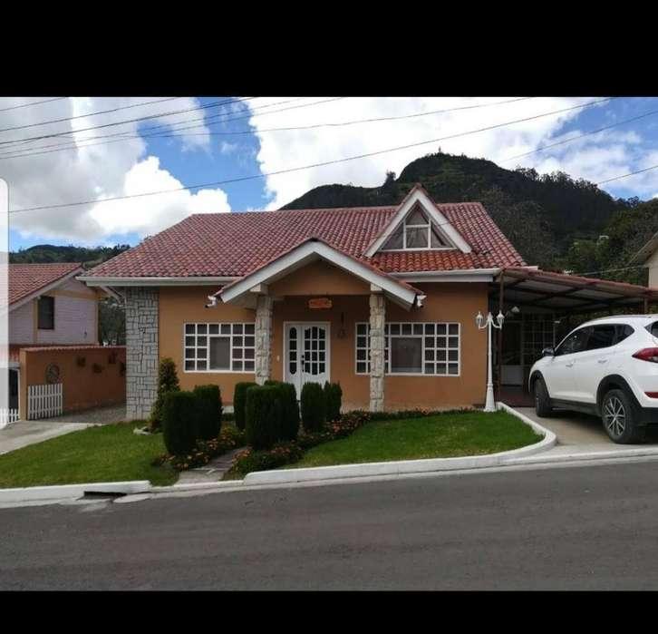 Se vende una hermosa villa 600 mts terreno Uchupucun Azogues con todos