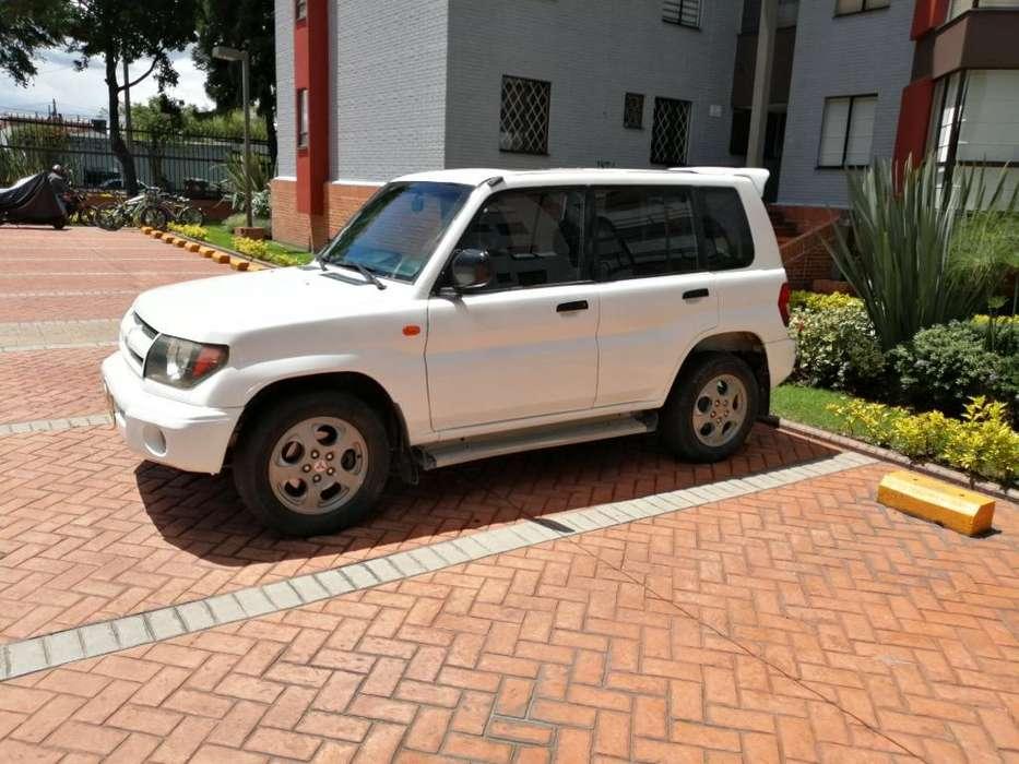 Mitsubishi Montero 1999 - 200000 km