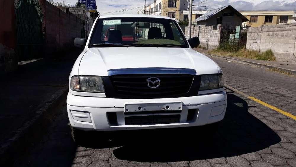 Mazda B 2200 2006 - 32000 km