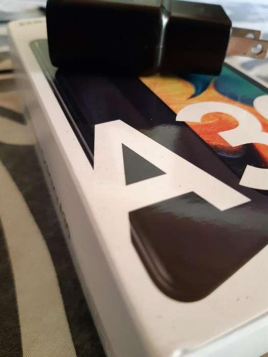 Cambio Galaxi A30 por iPhone 7 Plus