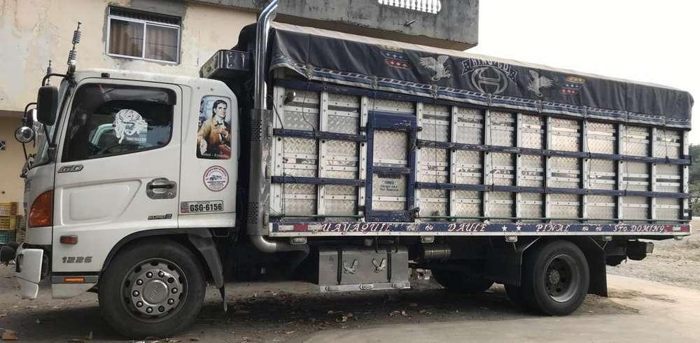Camion Hino Gd