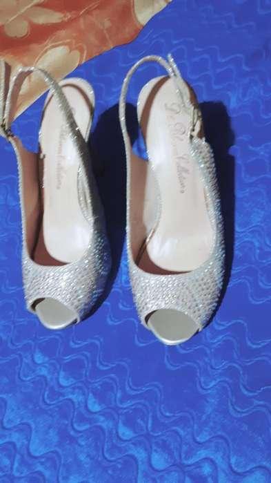 Vestido de Fiesta Y Zapatos