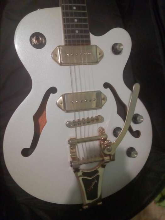 Guitarra Epiphone Wildkat Royale