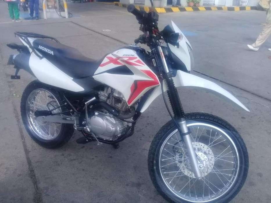 Vendo o Permuto Honda Xr 150L Modelo 2020 Como <strong>nueva</strong>