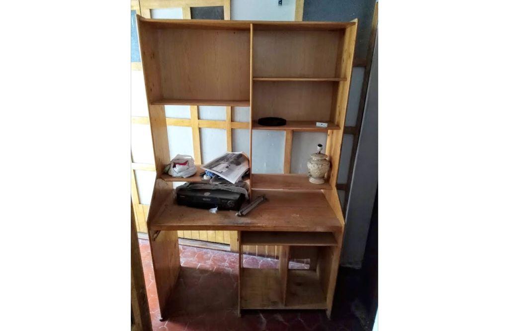 Escritorio de computo y estante de libros GRANDE