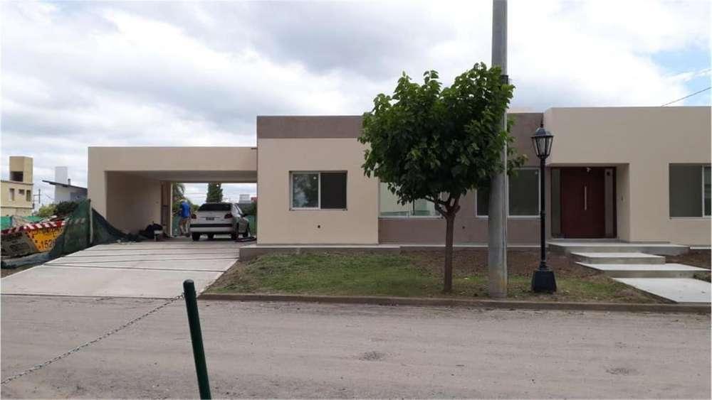 Tejas Tres Lote / N 0 - UD 275.000 - Casa en Venta