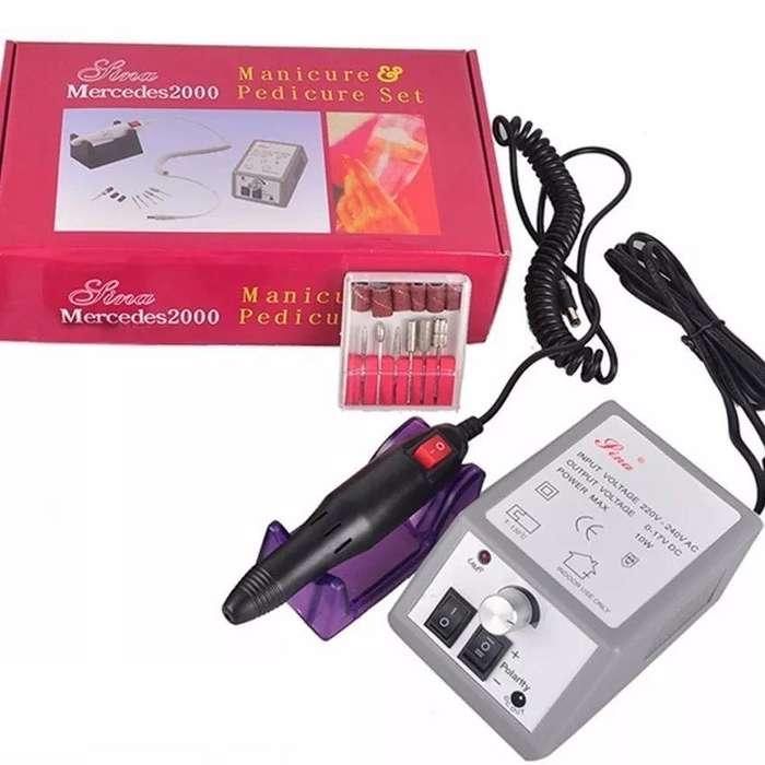 Set Pulidor Profesional de Manicure y Pedicure Mercedes 2000