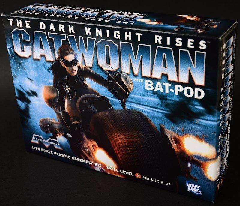 Moebius Catwoman con BatPod 1/18
