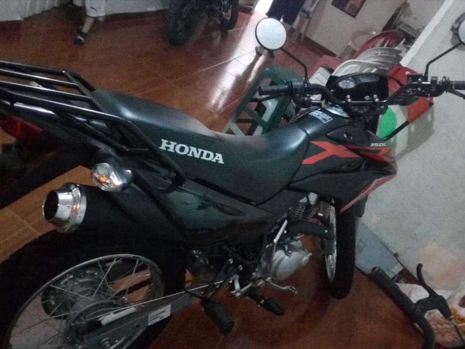 Vendo Moto 2020