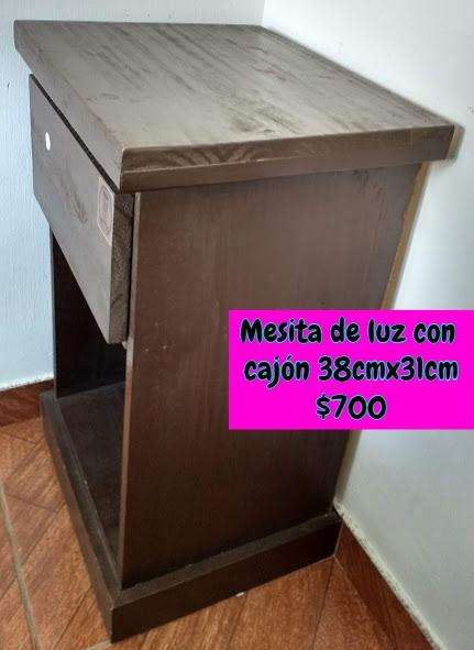 <strong>mesa</strong> de luz con cajón