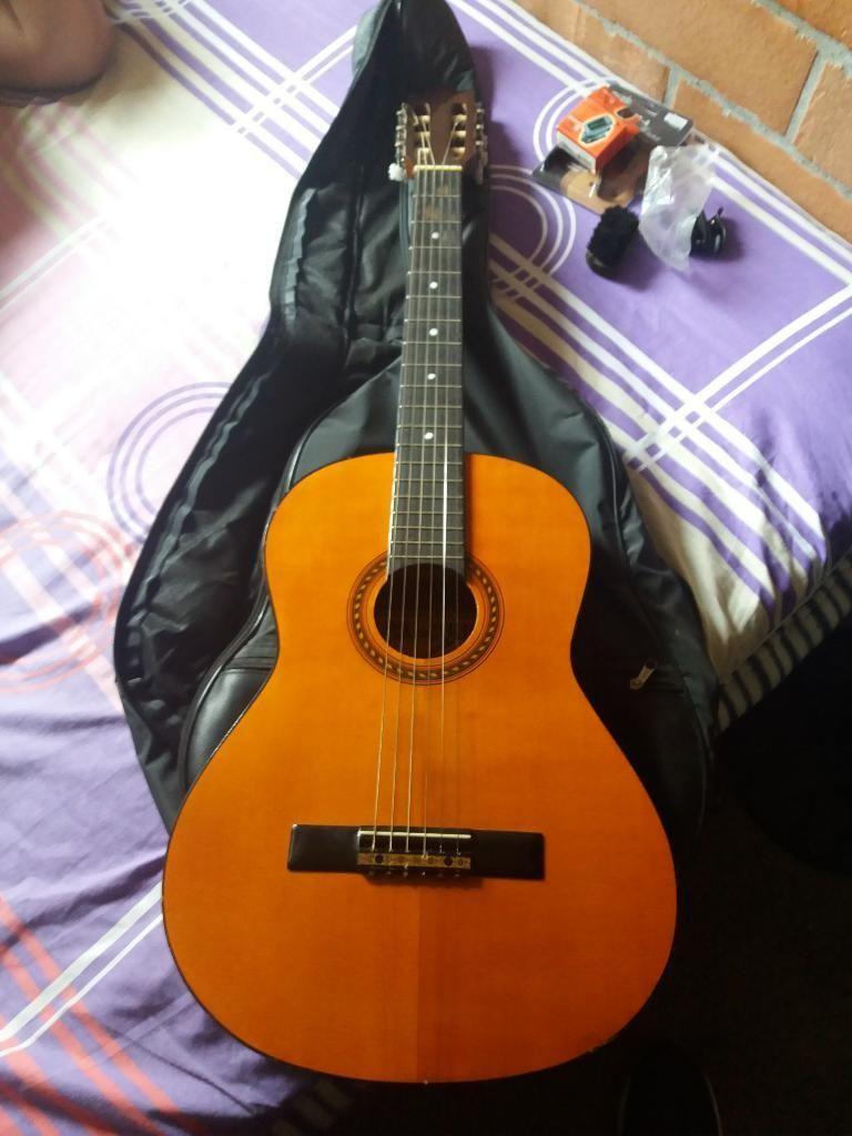 Vendo Guitarra Barcelonesa Española