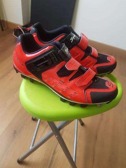 zapato de ciclismo