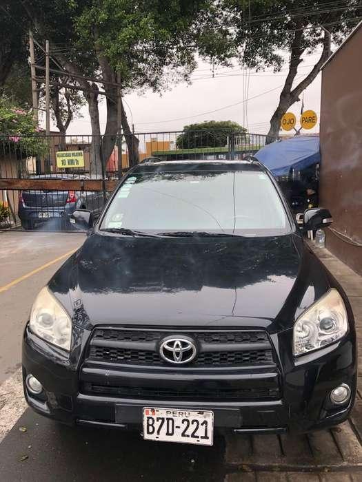 Toyota RAV4 2011 - 120 km