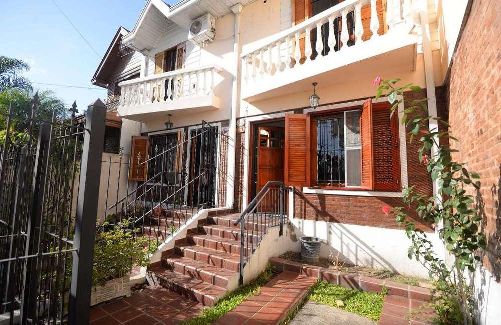 Casa en Alquiler en Bernal, Quilmes 18000