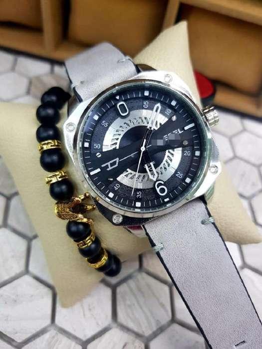 7afdcfca6caf Reloj en cuero para hombre