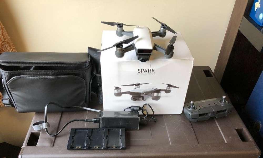 Dji Spark Fly More Combo con 3 <strong>bateria</strong>s