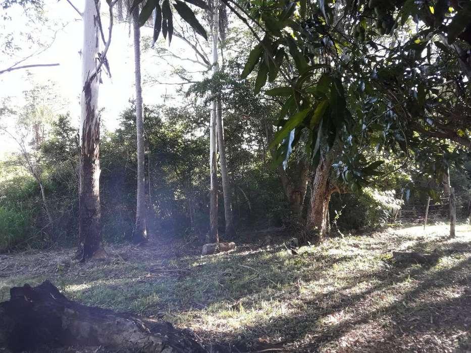 Vendo <strong>terreno</strong> Barrio Privado Lomas de Santa Ana