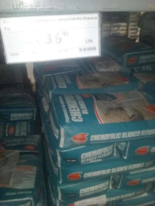 OFERTA DE OCACION vendo pegamento chemayolic S/ 35.50