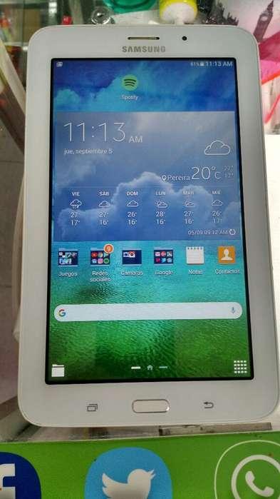 Tablet Samsung Galaxi Tab E