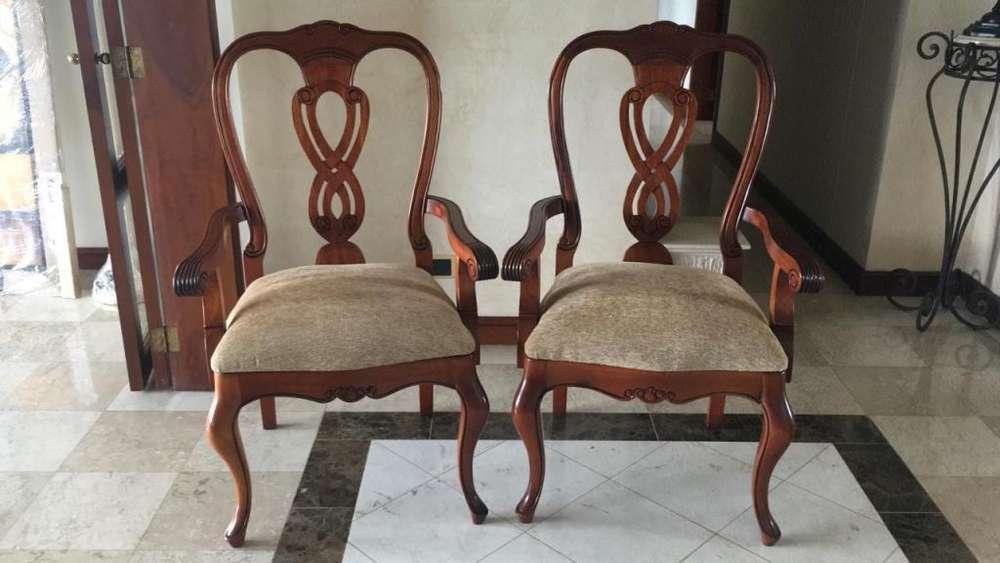 Espectaculares <strong>silla</strong>s labradas en madera de cedro
