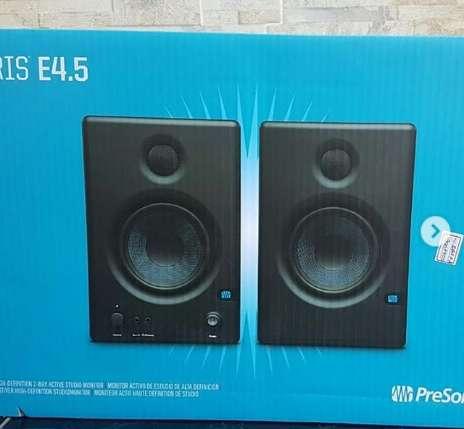 Monitores PreSonus Eris E4.5