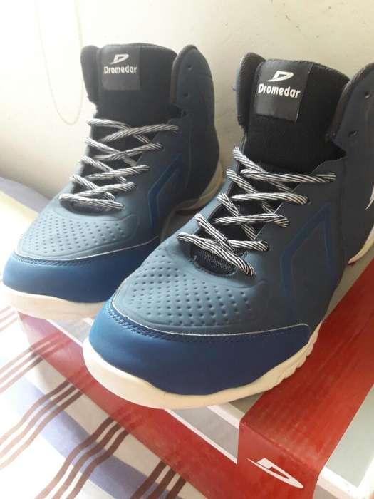 Zapatos Dromedar en Buen Estado Talla 41