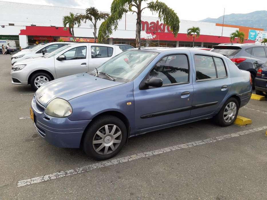 Renault Symbol 2002 - 257500 km