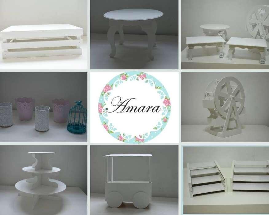 Alquiler de estructuras y objetos decorativos para candy y mesa dulce