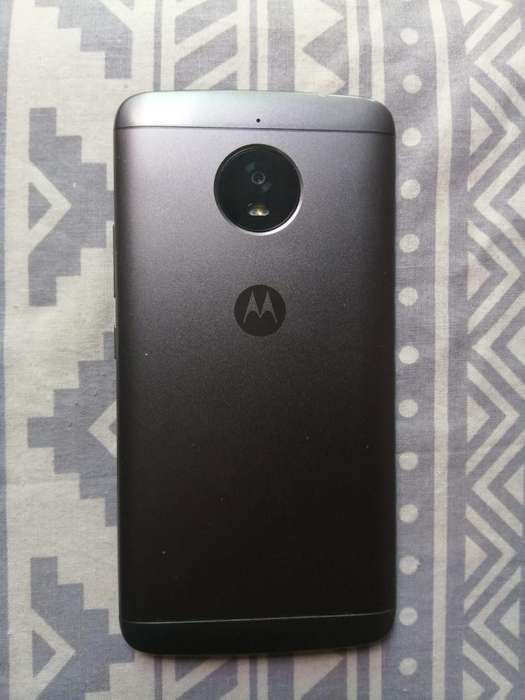 Vendo Motorola E4plus Impecable
