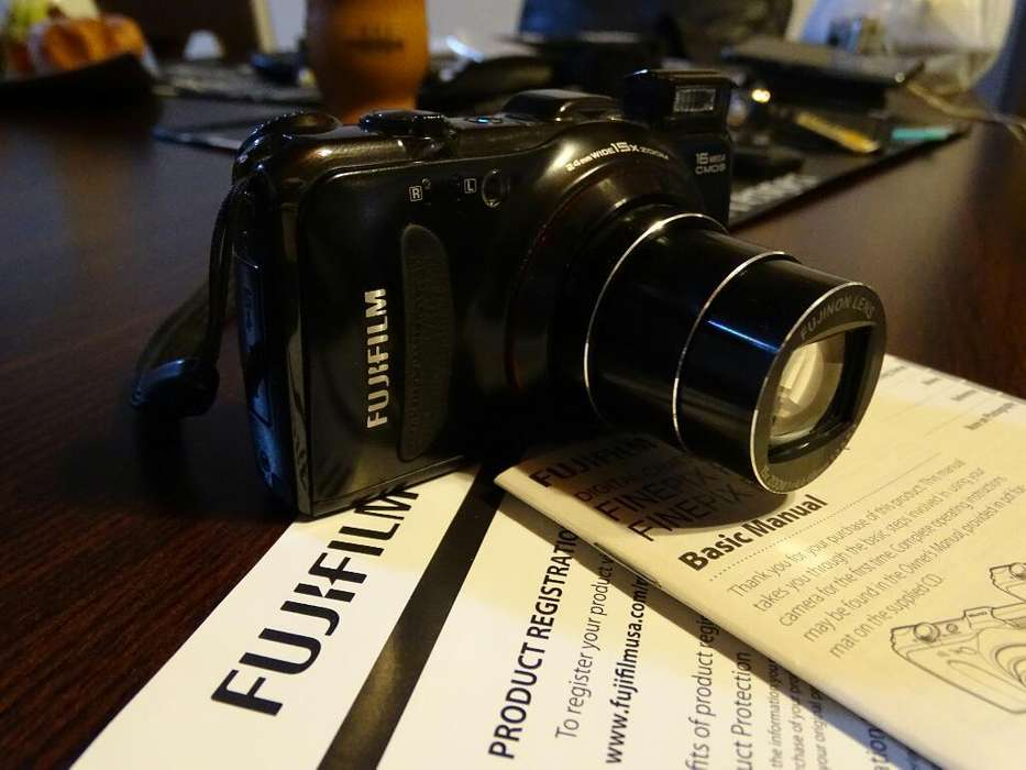 Camara Digital Fujifilm Finepix F550exr