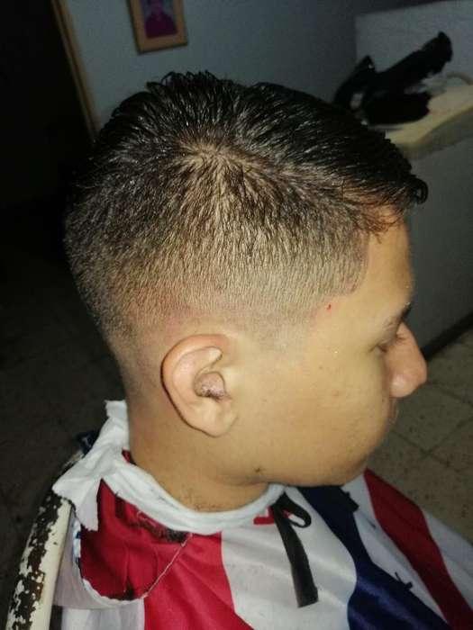 Busco Trabajo de Barbero