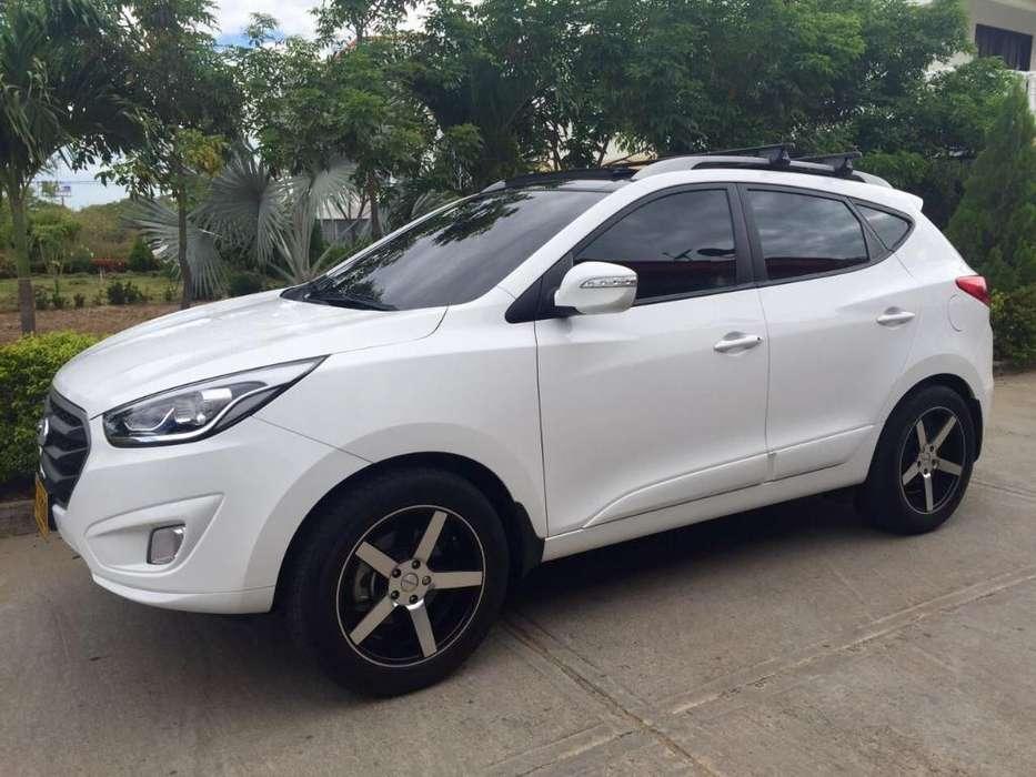 Hyundai Tucson ix-35 2015 - 42000 km