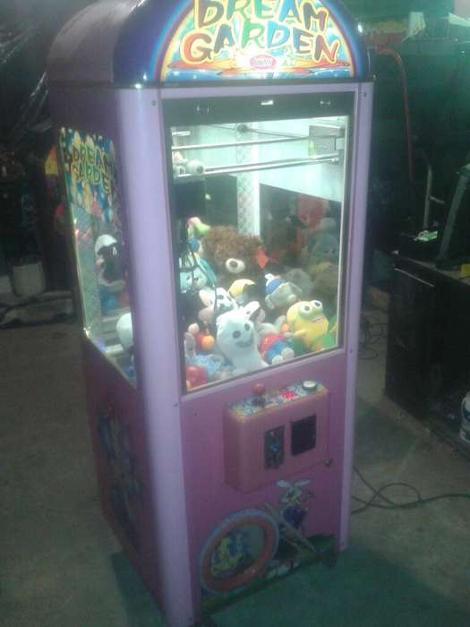 Maquinas de Peluches, Videos Juegos, Poo
