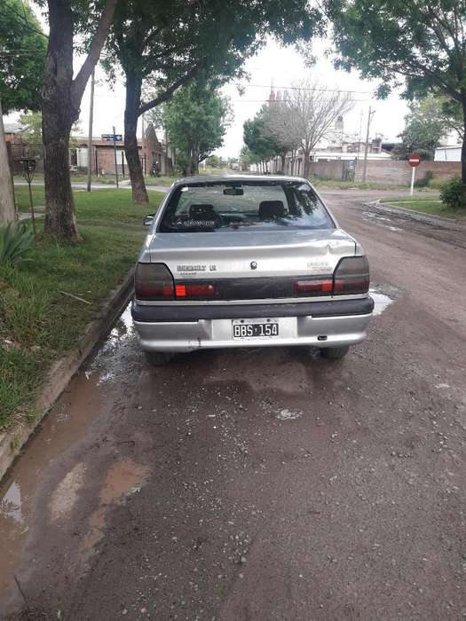 Renault R19 1997 - 240000 km