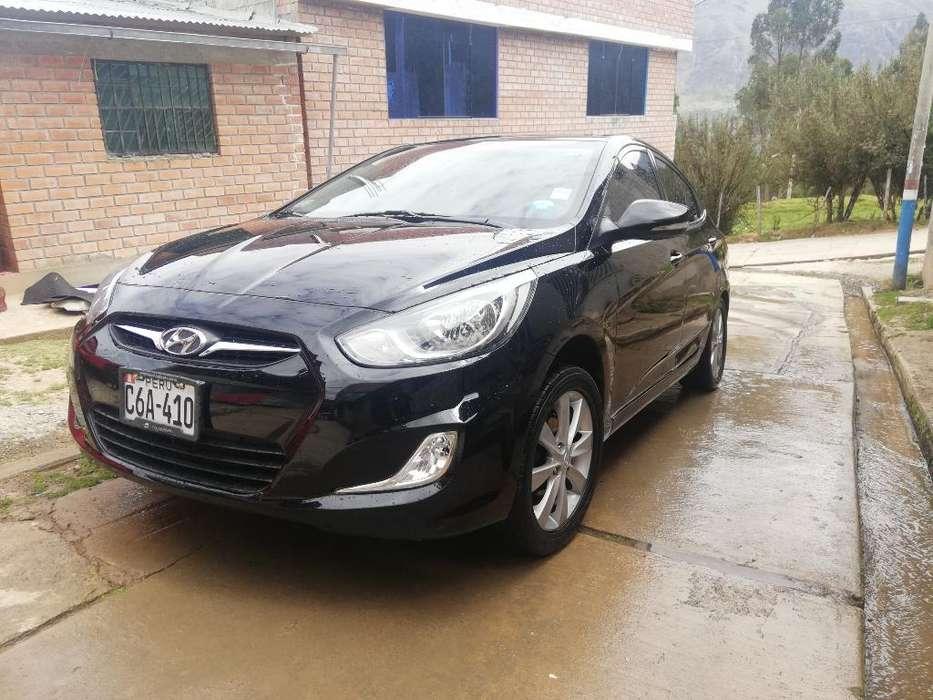 Hyundai Accent 2013 - 54 km