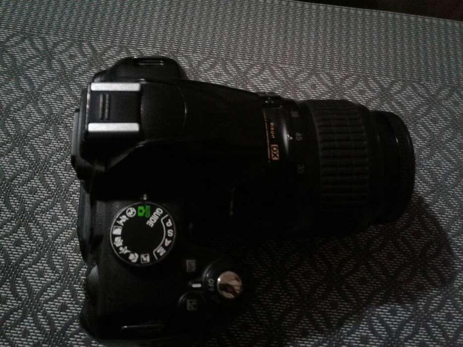 Camara Nikon D3000 Todo Ok