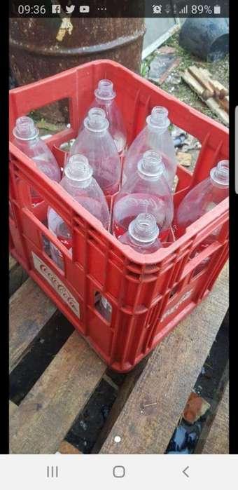 Cajon de Coca Cola con Envases.