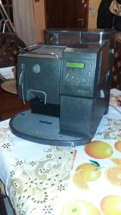 Cafetera Saeco Automatica