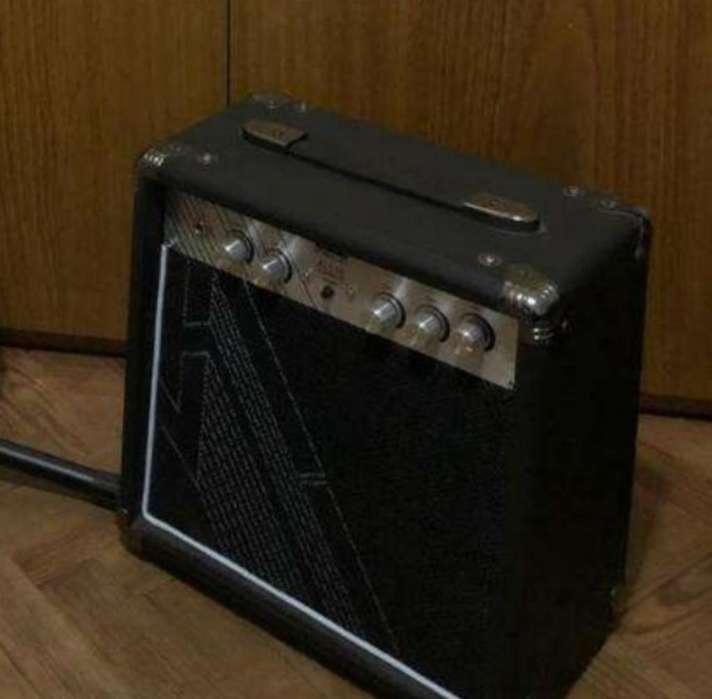 Amplificador 222 10w