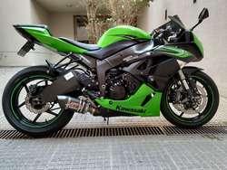 Kawasaki ZX6r 2011 impecable