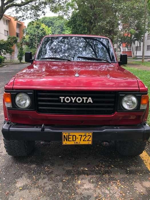 Toyota Samurai 1982 - 316000 km