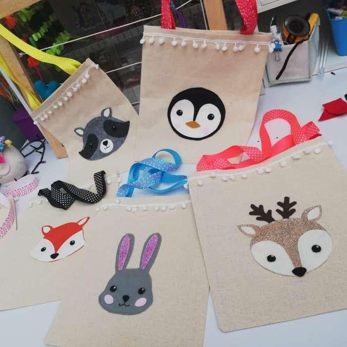 Bolsas con detalles de animalitos para niñas en lona